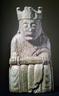 Objetos de la Edad Media y el British Museum.